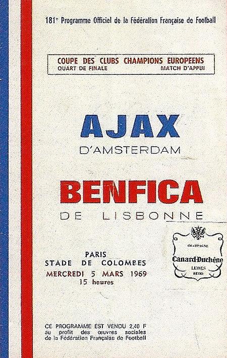 Deze afbeelding heeft een leeg alt-attribuut; de bestandsnaam is Ajax_Benfica_Parijs.jpg